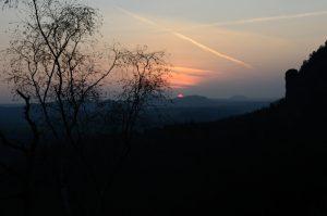 Sonnenuntergang, rechts Teufelturm