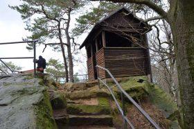 Schutzhütte auf dem Breiten Stein